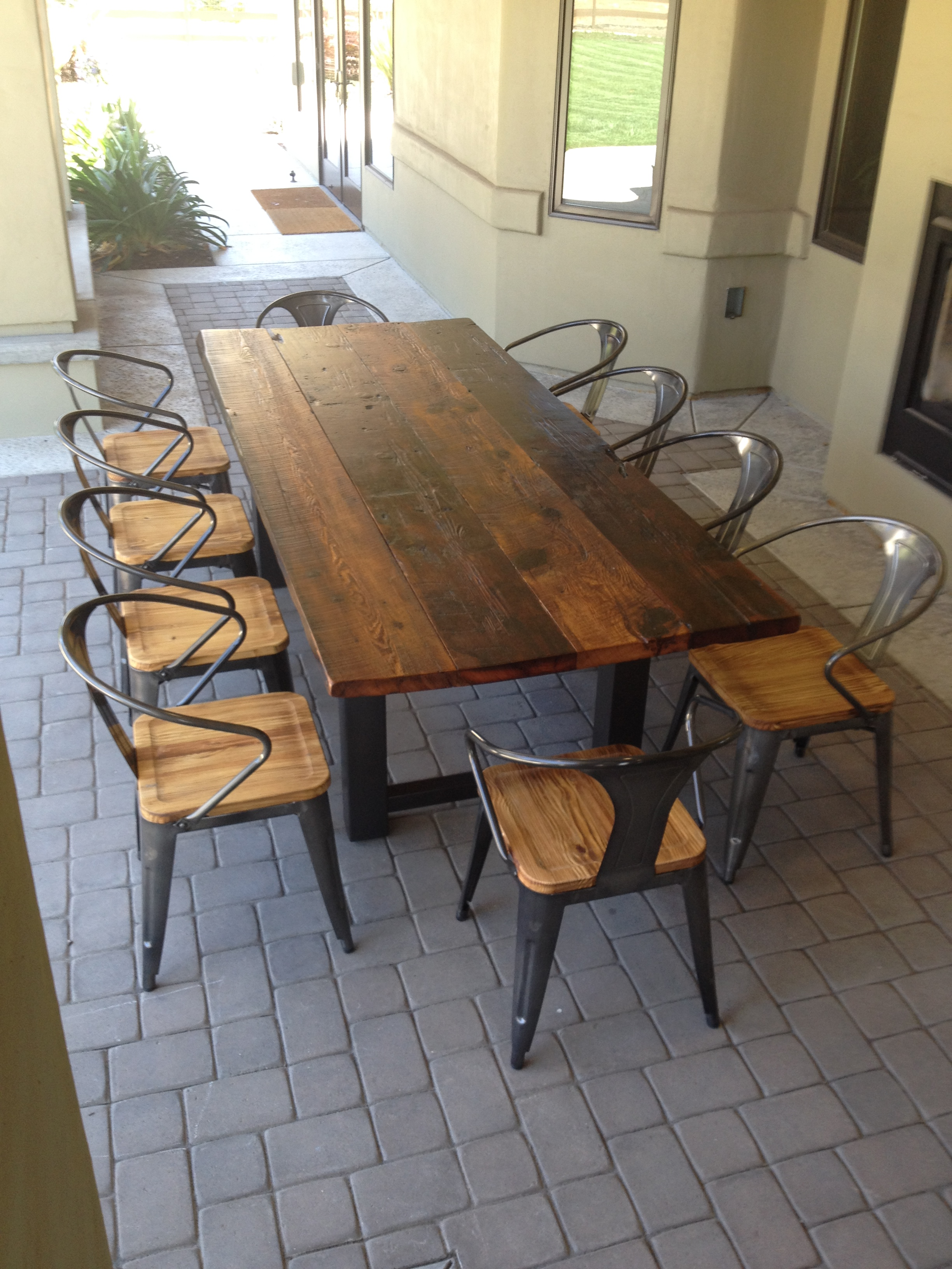 Delicieux Reclaimed Wood And Steel Outdoor Dining Table